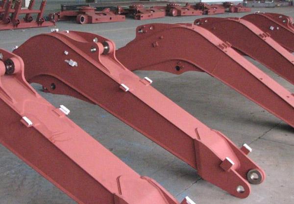 小松动臂,专业生产挖机配件